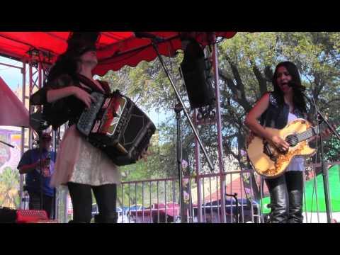 "Las Fenix ""El Tao Tao""  ""Juana La Cubana"" @ Tejano Fan Fair 2013"