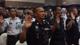 Police take corruption-free pledge