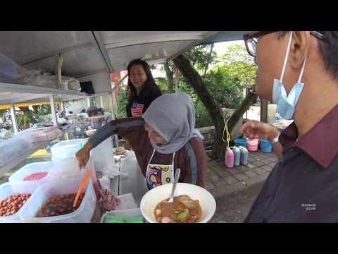 Greater Jakarta Street Food 1399 Part.2 Kolak Campur Ibu Sari Jalan Karawitan Bandung