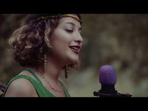 Melike Şahin - Hepsi Geçti | Karavan Sessions