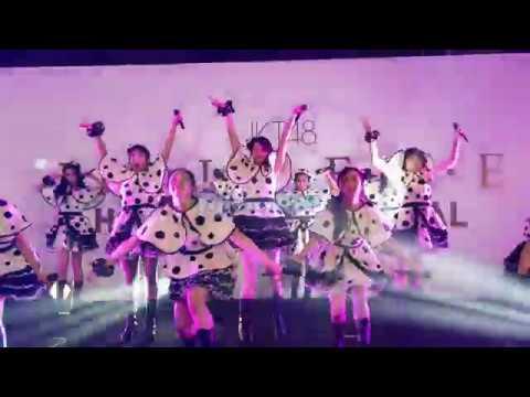 JKT48 - Part 2 mini concert @. HS Believe