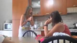 Scherzo figlia ad una mamma Napoletana, Sono Incinta!