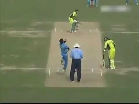 Rahul Dravid Best Catches in Cricket History   Top 10 Super Catches   YouTube 360p