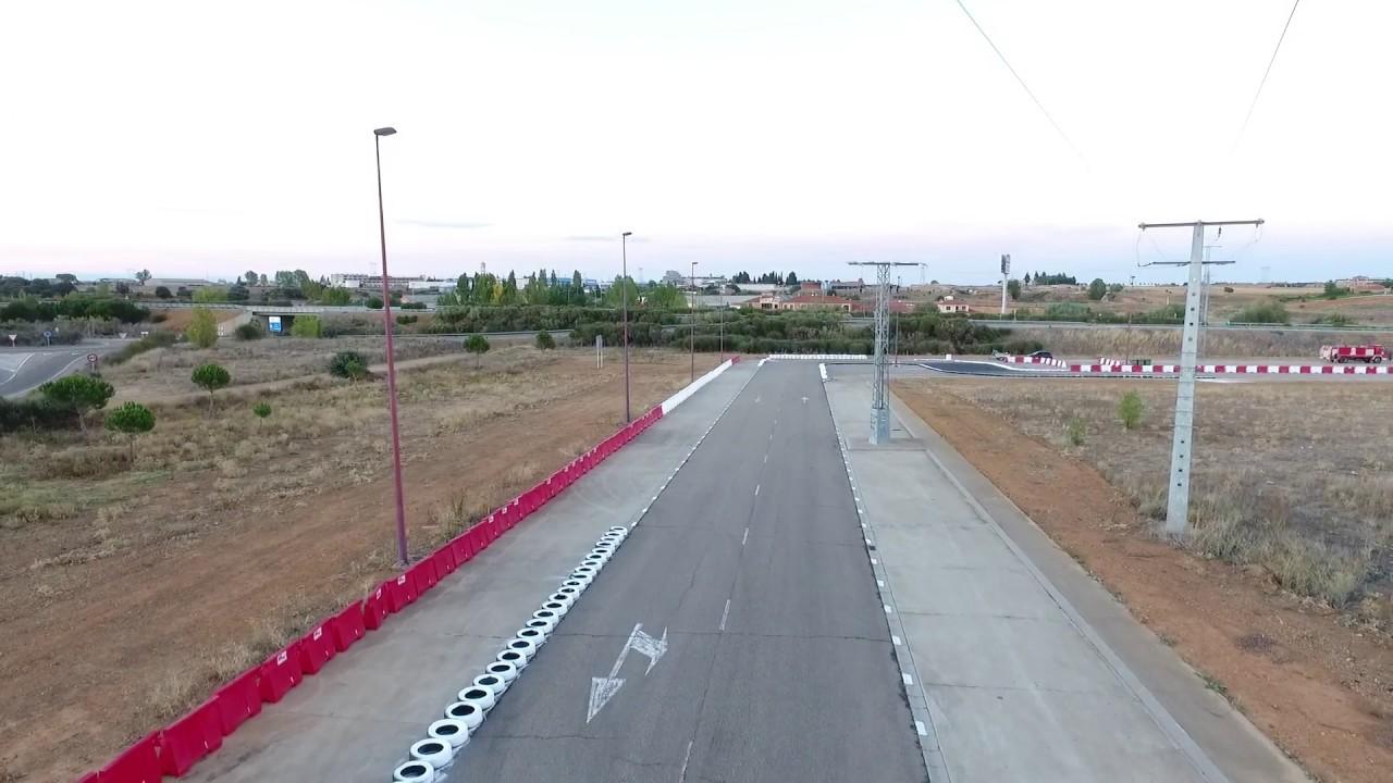 Circuito La Bañeza : Bmr circuito campeonato españa supermoto la bañeza youtube