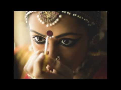 Зачем индусы делают точку бинди на лбу