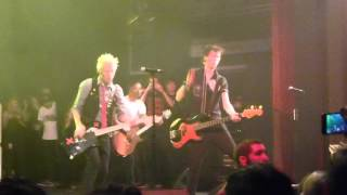 Sum 41 - Fat Lip - Live @ Paris - Le Trianon 23 fevrier 2016