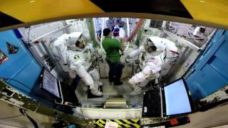 Spacewalk Airlock Training