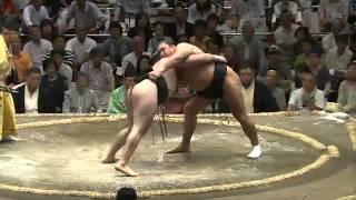 平成25年秋場所二日目 阿覧に力負けしない39歳 sumo 大相撲.