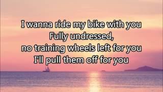 vuclip Melanie Martinez - Training Wheels (lyrics) Studio version