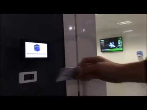 Raspberry Pi B+ (raspi) professional opener door system QR code with LCD  over Wifi connected to CRM
