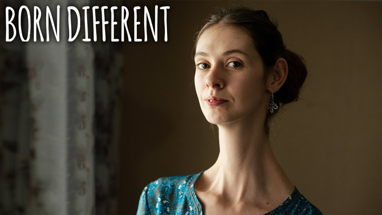 The Woman With The 7 Inch Neck | BORN DIFFERENT