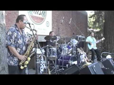 Hitmen at Music in the Park Los Gatos