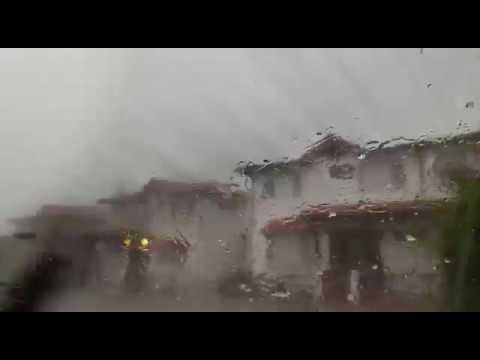 Clima extremo: tormenta de granizo en Quito.