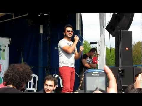Yusuf Güney - Unut Onu Kalbim & Heder Oldum Aşkına (Belçika Konseri - 19 mayıs 2012)