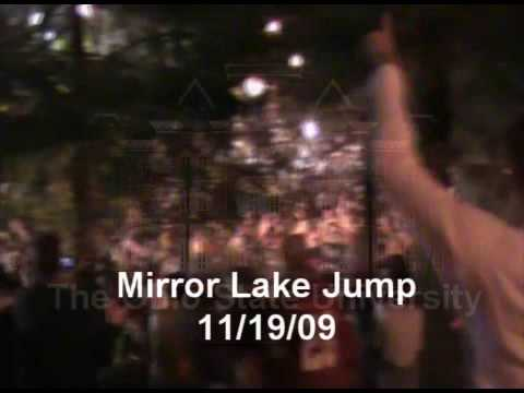 Ohio State Mirror Lake Jump 2009 (OSU 11/19/09)