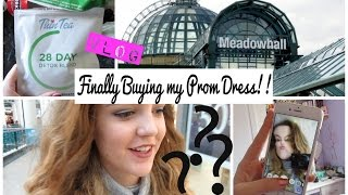 VLOG: Finally Buying my Prom Dress!!