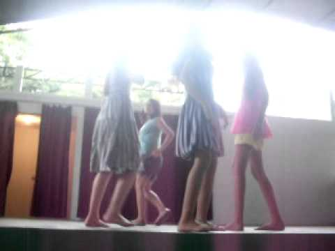 Desfile das meninas ...