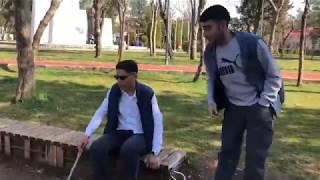 Muzaffer toprak - kör ve hırsız (kısa vine) komik video