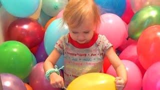 Много воздушных шариков для Алисы Lots of balloons for Alice