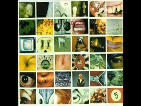 Pearl Jam- Around the Bend (wth lyrics)