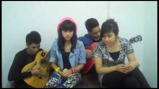 Download lagu Lonely ( 2NE1 Cover ) by Audrey, Gamaliel, Liluch, & Richard