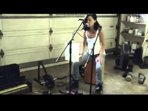 You Won't Believe How This Girl Sings Payphone   One Woman Band