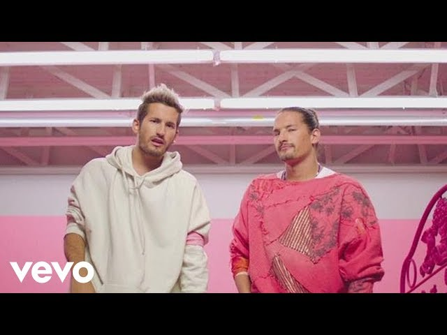 Mau y Ricky, Karol G - Mi Mala (Official Video)