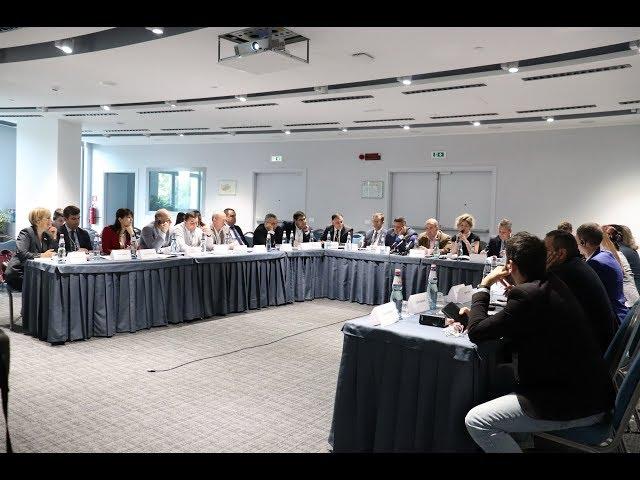Ավելի անվտանգ ճանապարհներ Գյումրիում եւ հանրապետությունում. քննարկում