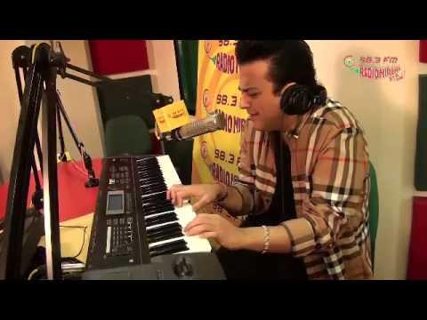 Adnan Sami sings  in the Radio Mirchi Studios