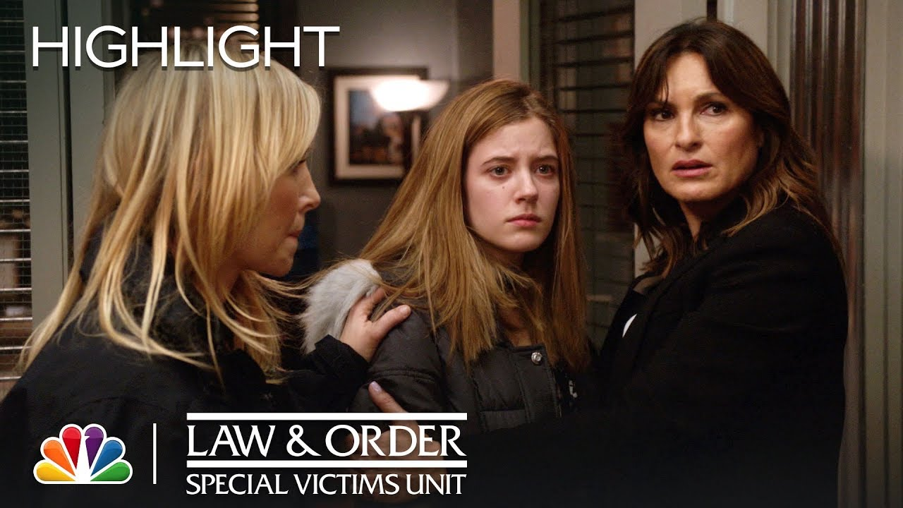 Download Law & Order: SVU - A Family Destroyed (Episode Highlight)