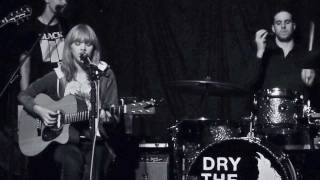 Lucy Rose : Scar & Night Bus : Cricketers Kingston 14 November 2011