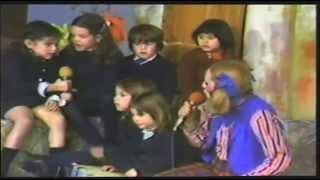 Los Bochincheros -Tia Pucherito canta Caracol, Caracol.