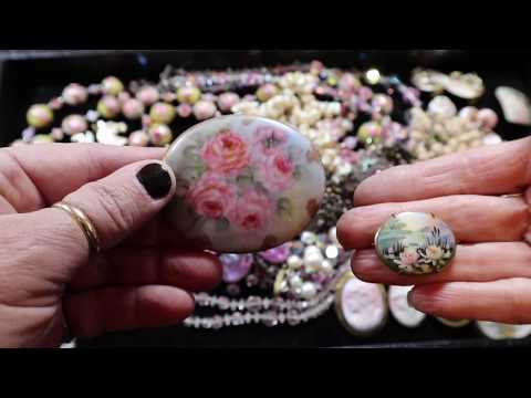 fleatale-purchased-trays-of-vintage-jewelry-tray-#5-pinks-cameos-art-glass-&-wedding-cake-beads