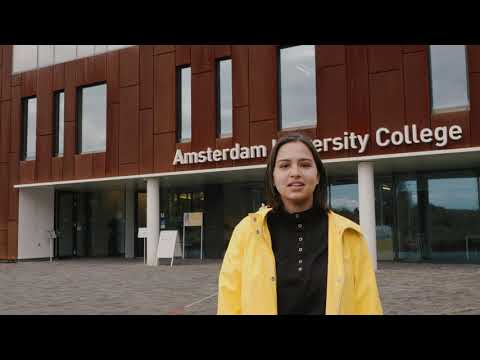 Amsterdam University College: Tour of Academic Building & Student Residences