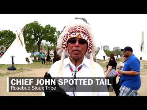 Indians on horseback protest Keystone pipeline