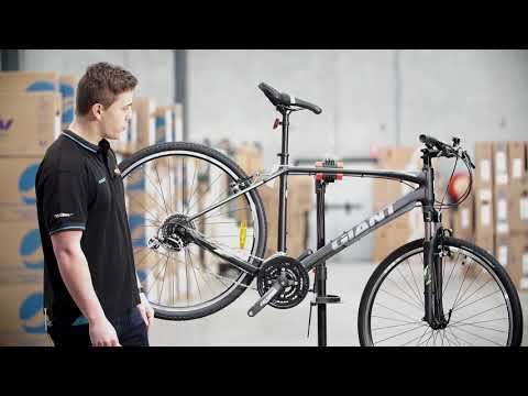 2018 Giant Roam 3 Hybrid Bike
