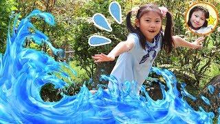 公園に水がきた~! Floor is Water Challenge シャボン玉で英語の色を覚えよう HUGっと!プリキュア おもちゃ 外遊び ゲーム