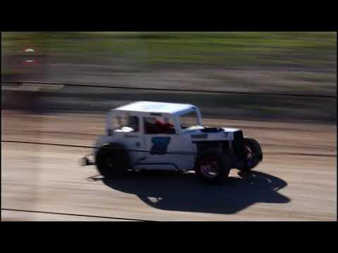 Wild Bill's Raceway Mini Strint Heat Race 6/8/19