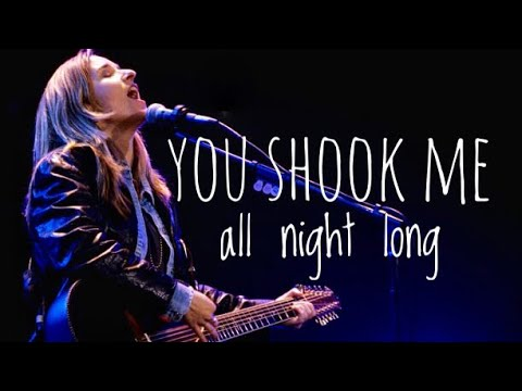 Melissa Etheridge sings ACDC You shook me all night long!