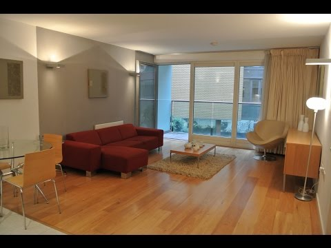 TO RENT: 2 Bed at Lumiere Building, 38 City Road East, Manchester, M15 4QL: £1075 pcm.