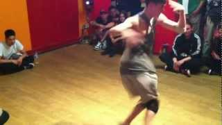 Bboy Leon Team Azooka vs Raphael NextLevel