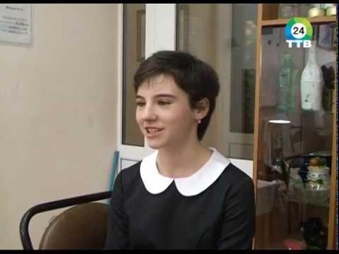 В пгт.Дунай прошла персональная выставка работ сестер Сунцовых