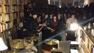 Screaming Females - If It Makes You Happy (Sheryl Crow) (2/13/12)