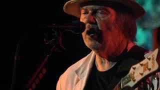 Neil Young - Rumbling