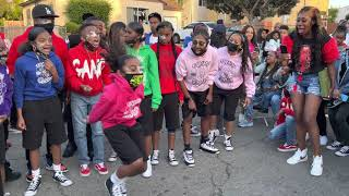 They Really Know How 2 Rock A WHOLE BLOCK PARTY I  @TOMMY HOT GIRLZ TV  @Tommy the Clown