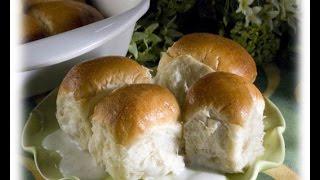 Pani Popo (samoan Coconut Rolls)
