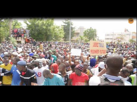 """Manifestation à Bamako: """"Je suis venue pour que les choses changent"""""""