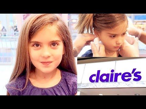 7 YEAR OLD GIRL'S EARS PIERCED: does piercing your ears hurt?