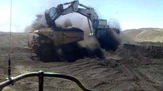 coal mining. cat trucks 789.
