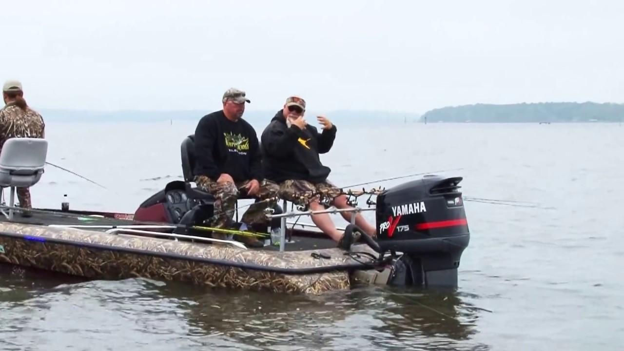 Xtv crappie commando s having fun youtube for Lake d arbonne fishing report